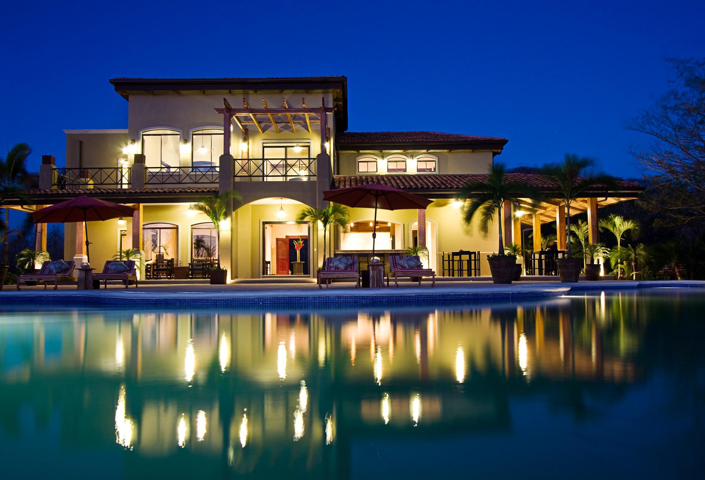Valenzia House